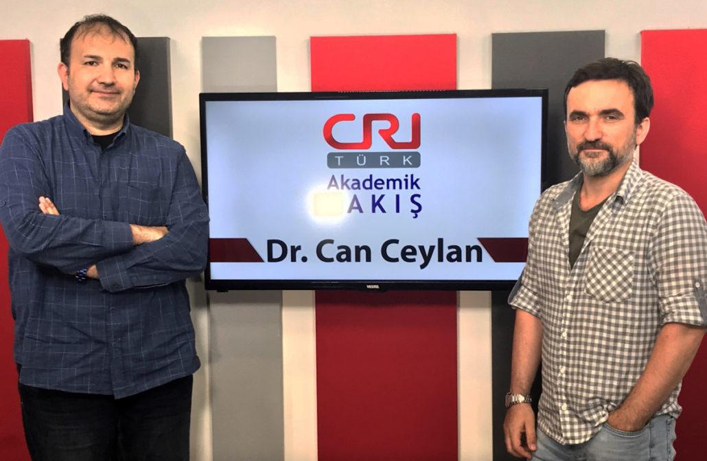"""Dr.Can Ceylan: """"Ünlüler Artık Sanatıyla Değil Sosyal Medyasıyla Ön Planda Olmak İstiyor!"""""""