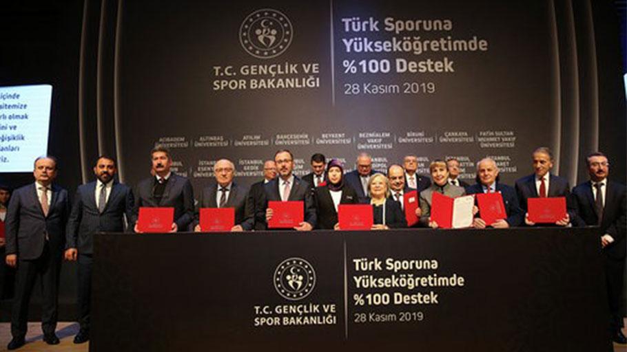 İAÜ'den Türk Sporuna Yüzde 100 Destek