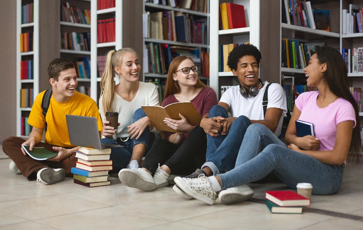 Öğrenciler Üniversitelerinden Ne Kadar Mutlu?