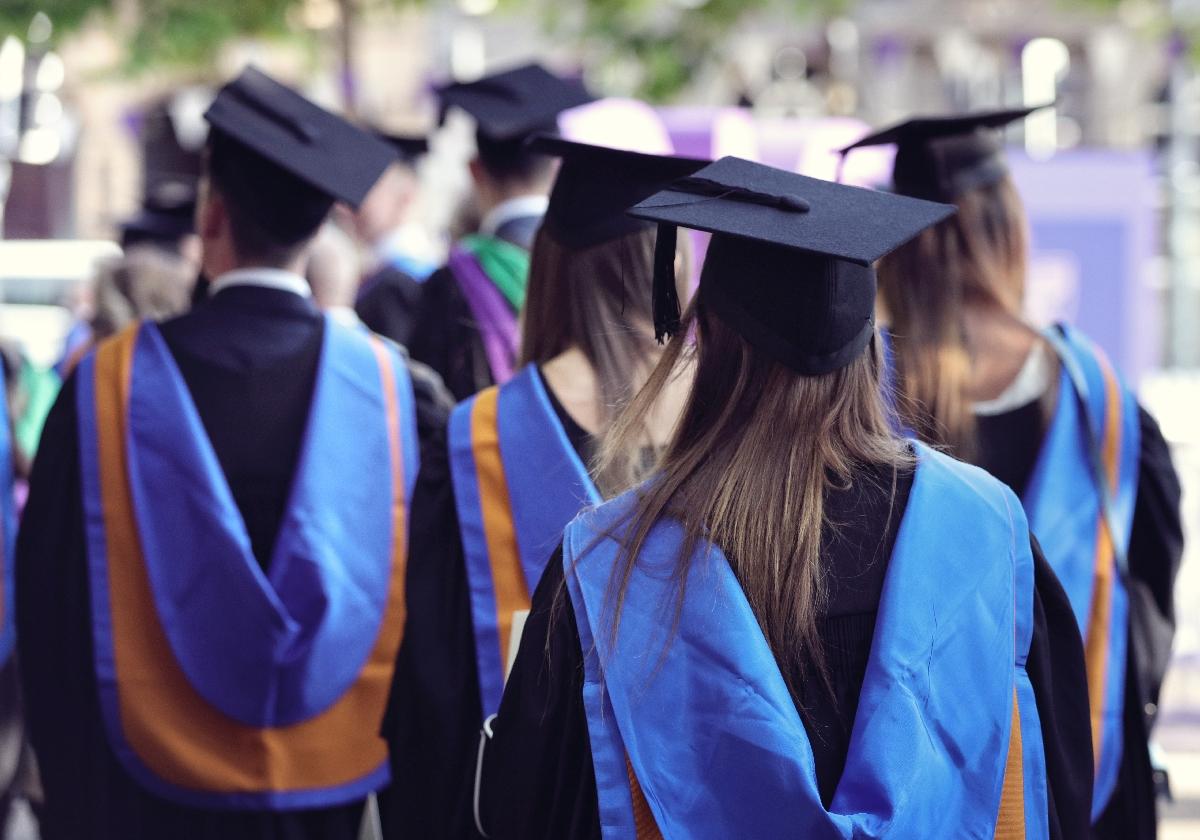 Türkiye'de Üniversitelerden Kaç Kişi Mezun Oluyor? Kaç Kişi Üniversiteye Giriyor