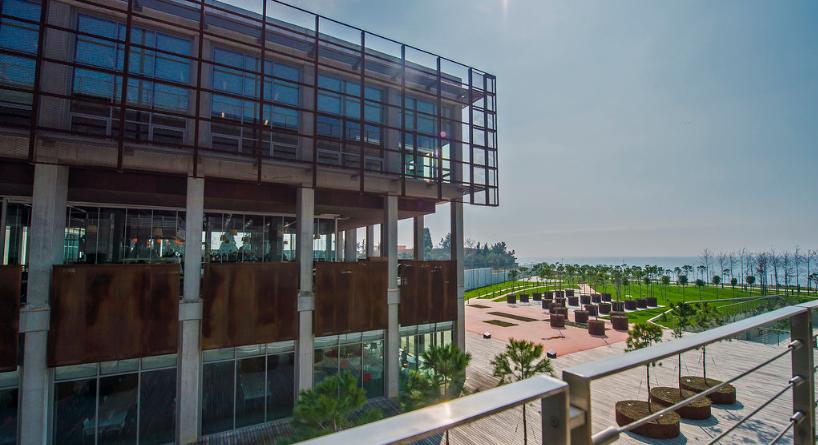 Piri Reis Üniversitesi Deniz Kampüsüne İSO Özel Kategori Enerji Verimliliği Birincilik Ödülü Verildi.