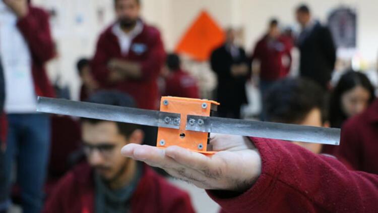 Üniversite Öğrencileri Geliştirdikleri 'Cep Uydu'yu Fırlatacakları Günü Bekliyor