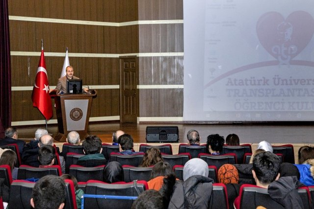 Atatürk Üniversitesinde Transplantasyon Kongresi Gerçekleşti