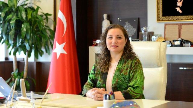 Düzce Üniversitesi Rektörü Prof. Dr. Nigar Demircan Çakar Yeşilay Haftasını Kutladı
