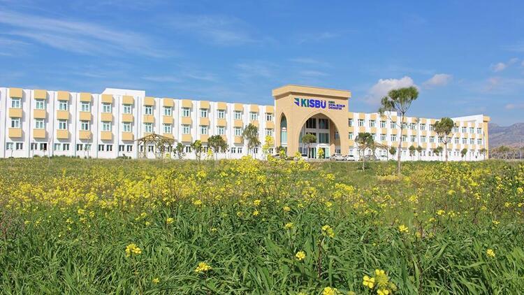 Kıbrıs Sosyal Bilimler Üniversitesi'nden Kovid-19 bursu