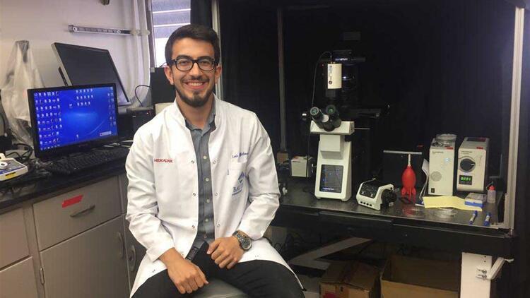 Tıp öğrencisinden gururlandıran başarı