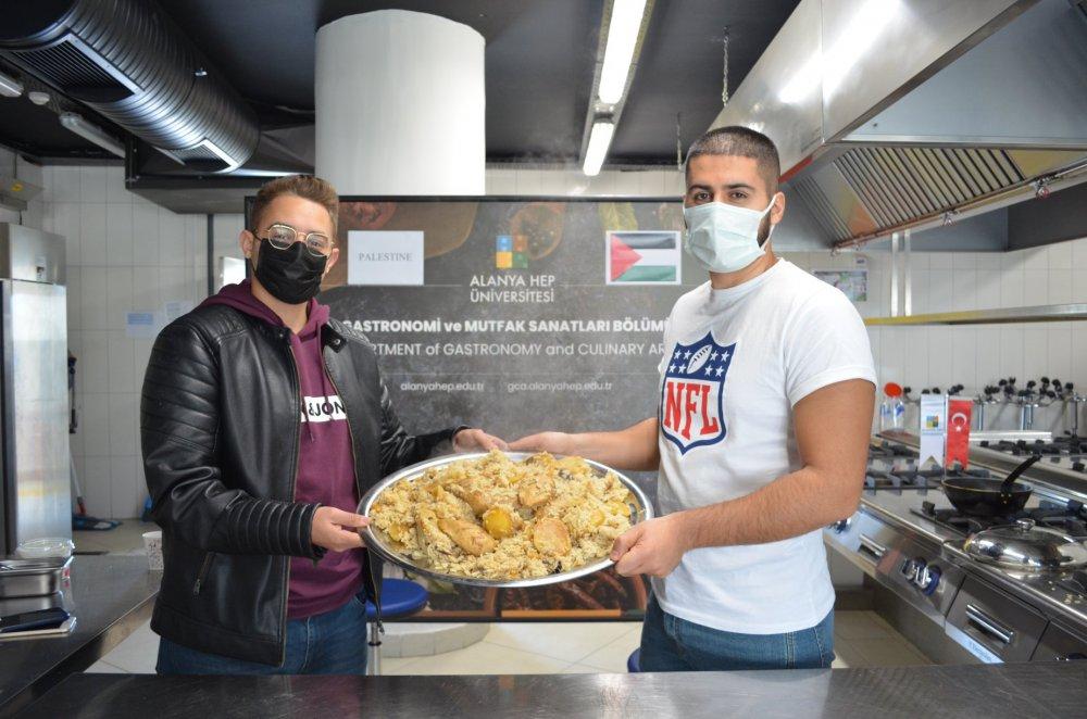 HEP Üniversitesi Dünya Mutfaklarını Tanıtıyor