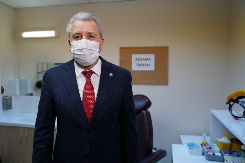EÜ'de 6 Bin Sağlık Çalışanına Aşının İlk Dozu Yapıldı