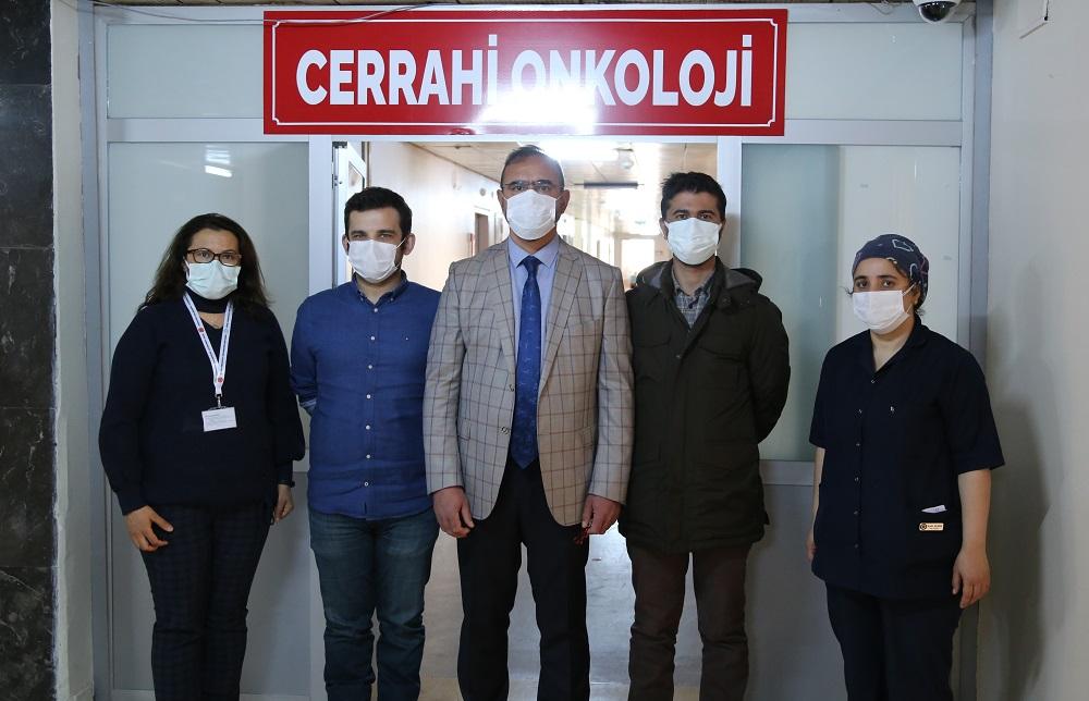 Almanya'da Yapılamayan Kanser Ameliyatı SCÜ'de Yapıldı