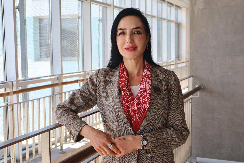 İzmir Ekonomili Profesöre Büyük Onur